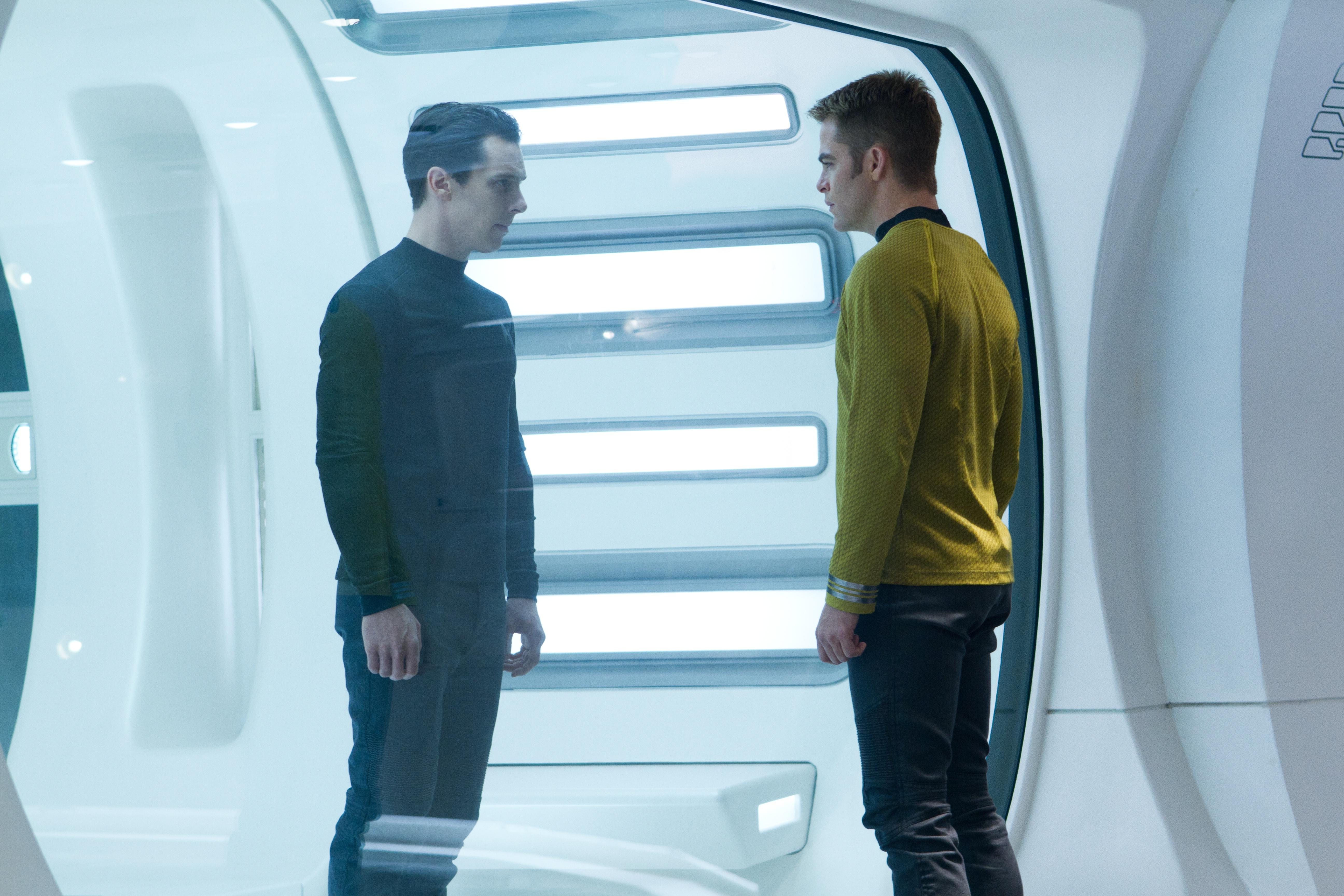 Star Trek Into Darkness Preview - Kirk und Harrison