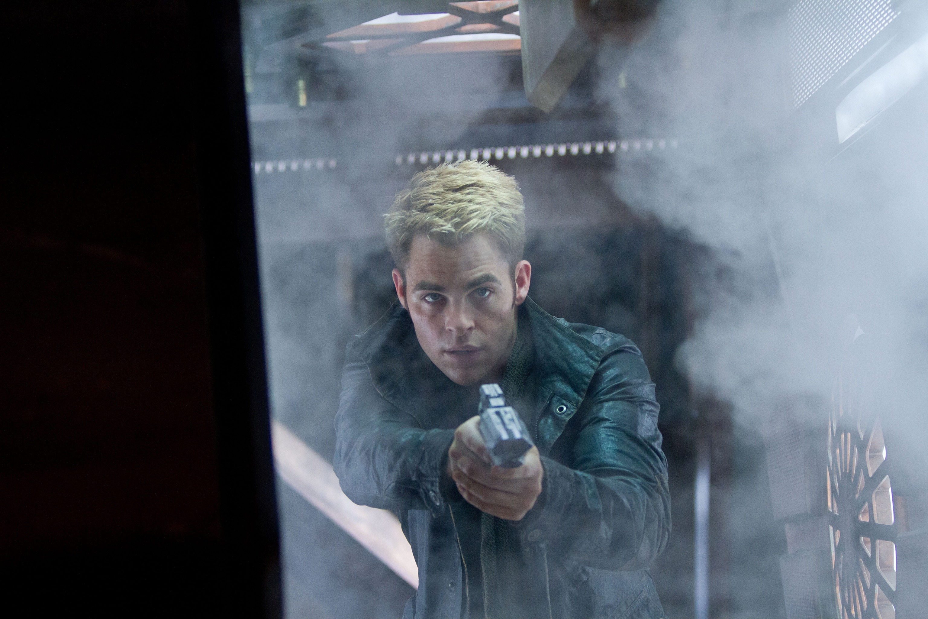 Star Trek Into Darkness Preview - Kirk