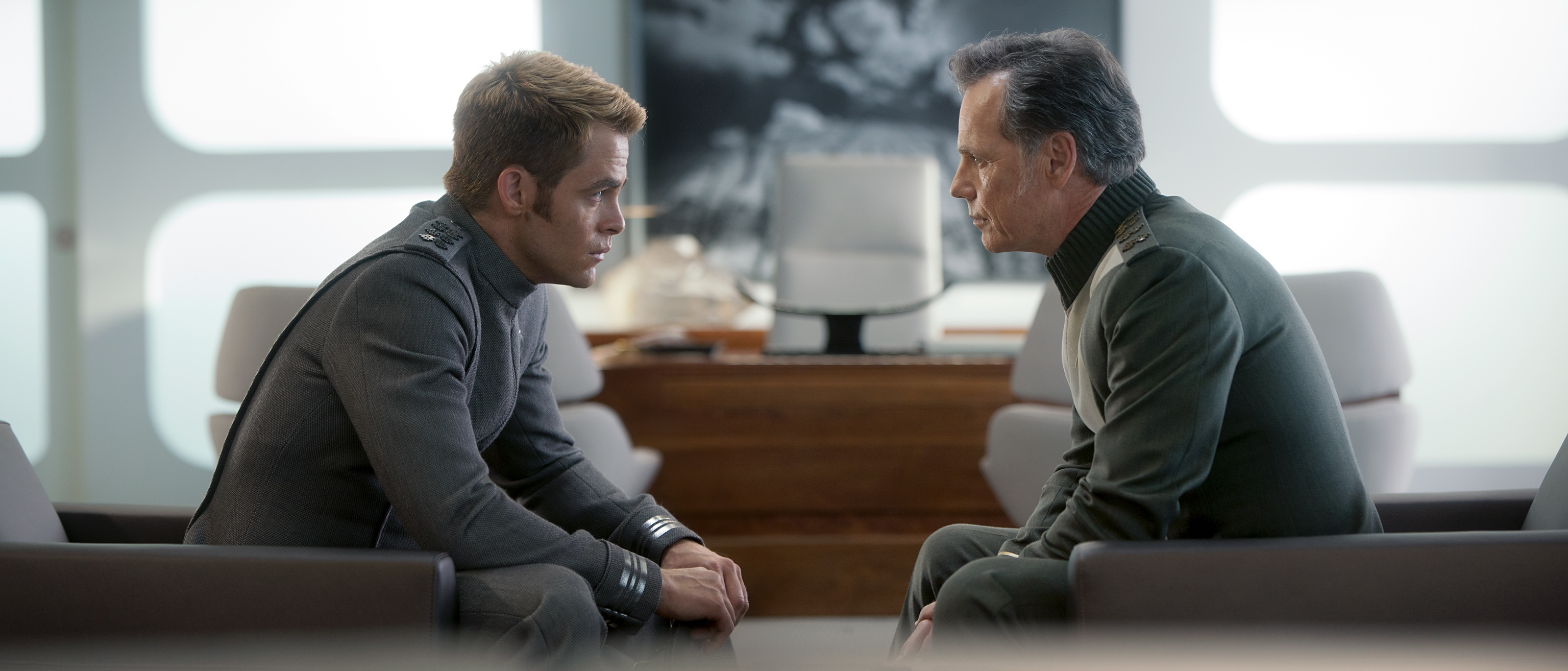 Star Trek Into Darkness Preview - Kirk und Pine
