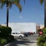 Der Blue Sky Tank fungiert als Parkplatz und Ozean gleichermaßen. Foto: Hinze