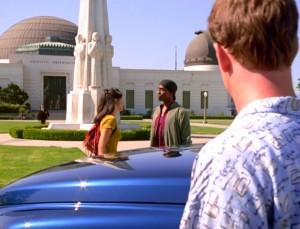 Tuvok und Paris statten dem Griffith Observatory einen Besuch ab. Screencap: Trekcore.com
