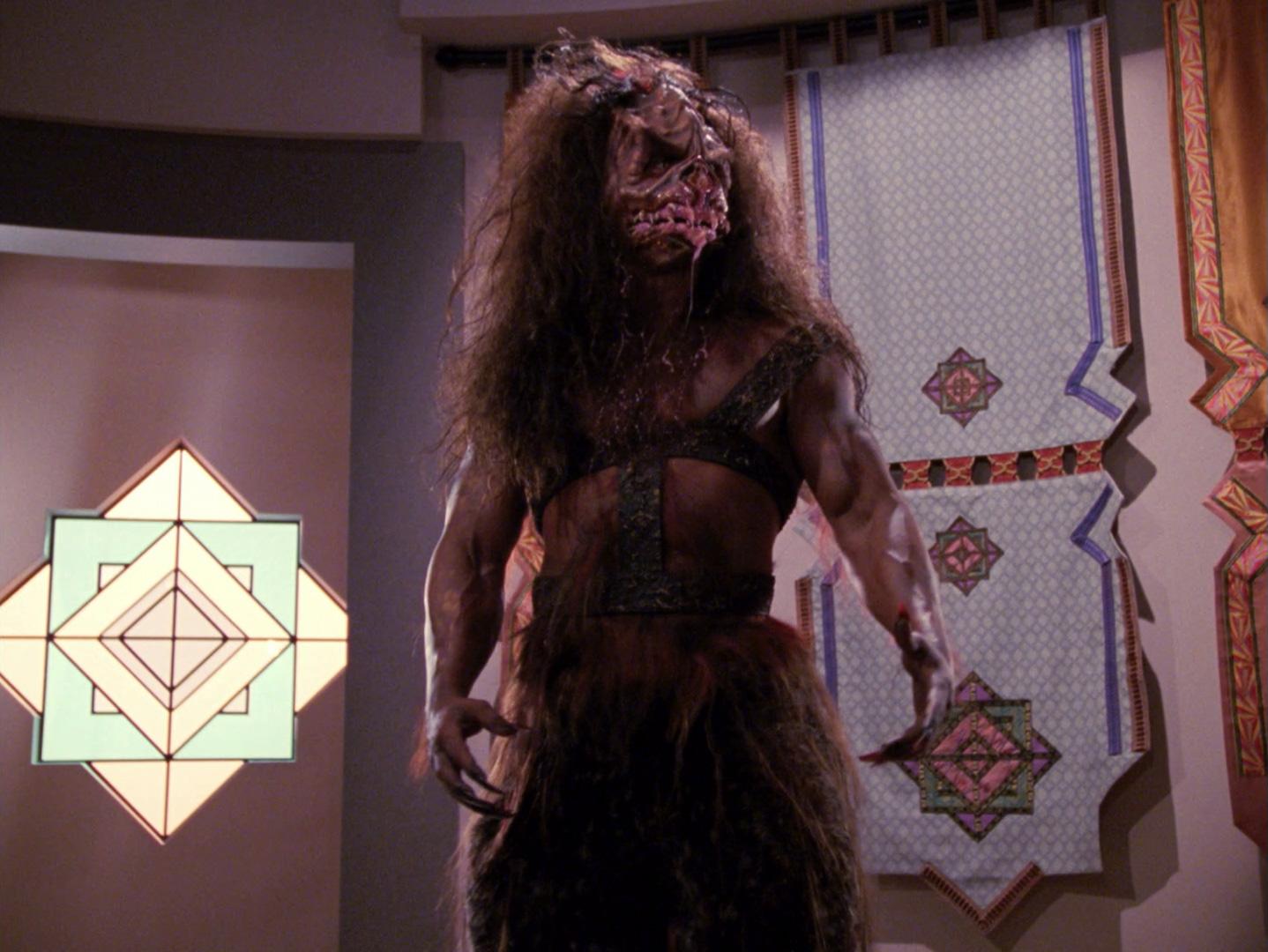 Star Trek: The Next Generation - Der Pakt mit dem Teufel (Devil's Due) Blu-ray Screencap © CBS/Paramount