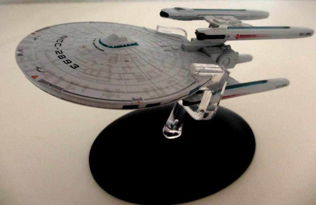 Die USS Stargazer ist auch in kleiner Ausgabe schön anzusehen.