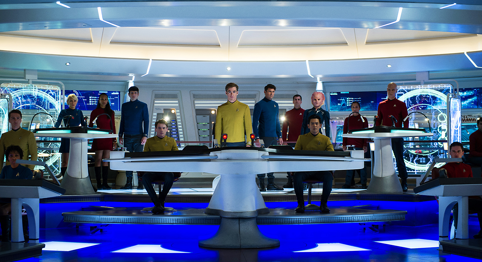 Die Crew der Enterprise in Star Trek Beyond. Foto: Paramount Pictures