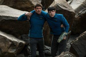 McCoy und Spock müssen sich alleine durchschlagen. Foto: Paramount Pictures